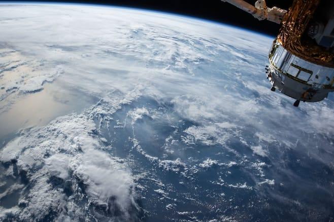 地球 衛星