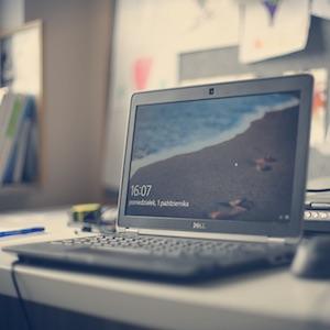 IT パソコン システム SE