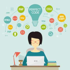 女性エンジニア プログラミング